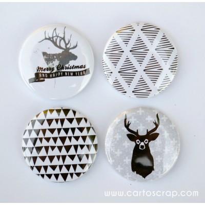 Lot de 4 badges 38mm CartoScrap - Merry Christmas