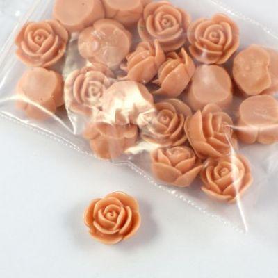 Rose en résine 15mm (lot de 20) - Beige rosé foncé