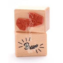 Tampon Bois Cartoscrap - Bravo