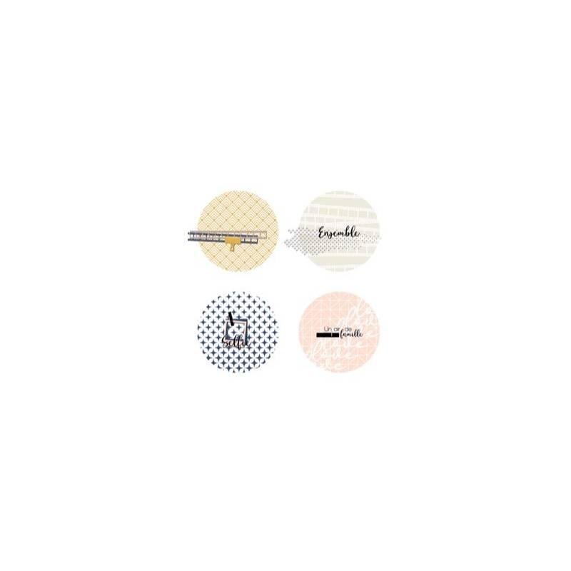 Lot de 4 badges 25mm - Marie LN Geffray - Famille